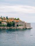 Sveti斯蒂芬关闭海岛在日落 黑山,阿德里亚 免版税图库摄影