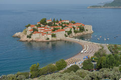 Sveti Stefan, klein eilandje en toevlucht in Montenegro. Royalty-vrije Stock Afbeelding