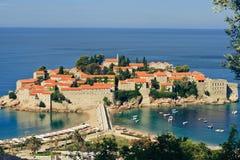 Sveti Stefan, kleine kleine Insel und Rücksortierung in Montenegro Stockfotos