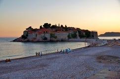 Sveti Stefan versterkte dorp in Montenegro Royalty-vrije Stock Foto's