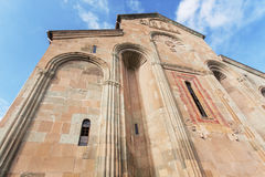 Svetitskhovelikathedraal, die 4de eeuw in Mtskheta, Georgië wordt ingebouwd De Plaats van de Erfenis van de Wereld van Unesco Royalty-vrije Stock Afbeelding