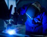 svetsning för maskinoperatör Royaltyfri Foto