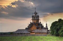 Sviatohirsk Lavra Church, im Kloster lizenzfreie stockfotos