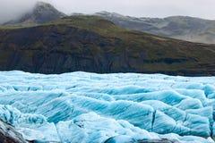 Svinafellsjokull, Исландия Ледник с горами на заднем плане Стоковое фото RF