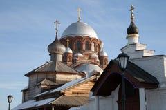 Sviyazhsk Монастырь ` s женщин Ioanno-Predtechensky Церковь троицы и собор нашей дамы утехи всех которые скорба стоковые изображения