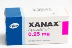 ? ?03 Svizzera/di Ginevra 03 2019: Droghe di terapia del farmaco antideprimente dell'ansiolitico delle pillole di Xanax fotografia stock