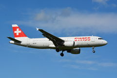 Svizzero Airbus/A320-214/HB-IJL Immagini Stock