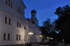 Svjatogorsk Heiliges Dormition Svyatogorsk Lavra am Abend Stockfotos