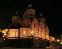 Svjatogorsk Kathedrale der Annahme nachts Lizenzfreies Stockfoto