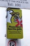 Svp n'alimentez pas aux mouettes le signe Images libres de droits