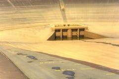 Svuoti la diga superiore della centrale elettrica di energia idroelettrica di pompaggio in repubblica Ceca Fotografia Stock Libera da Diritti