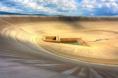 Svuoti la diga superiore della centrale elettrica di energia idroelettrica di pompaggio in repubblica Ceca Immagine Stock