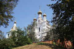 Svyato-Pokrovskiy muzhskoy monastyr Arkivfoton