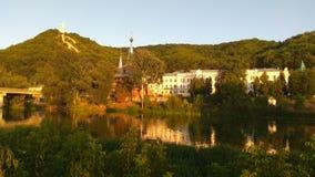 Svyatogorsk von Fluss Donec-Ansicht, Ukraine Lizenzfreies Stockfoto
