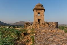 Swój kasztele, swój kolorowi ludzie i wyszukani stepwells między New Delhi, Pakistan i desertic region sławny, obrazy stock