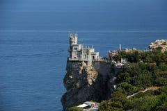 Swallow& x27 φωλιά Castle του s στο χωριό Gaspra στοκ εικόνες