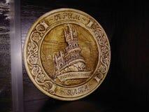 Swallow& x27 della Crimea Jalta del piatto dell'argilla del ricordo; nido di s immagini stock