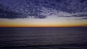 SWAMIS resaca y escenas Encinitas California de la playa almacen de video
