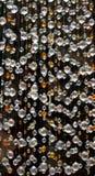 Swarovski krystaliczna z paciorkami zasłona, zamazany przedpole obraz royalty free