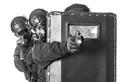 SWAT officers  with ballistic shield Royalty Free Stock Photos
