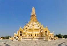 Swe Taw Myat, de pagode, waar domeinen het de tandoverblijfsel van Boedha Royalty-vrije Stock Afbeeldingen