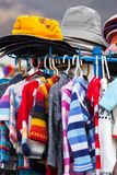 Sweaters en hoeden stock fotografie