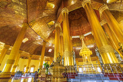 Swedaw Myat tempel, Myanmar Royaltyfri Fotografi