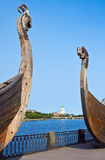 Swedish ancient castle in the background of Drakkar Viking in Vy Stock Photos