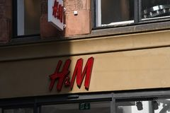 SWEDISH HENNES & MAURITZ RETAIL STORE. Copenhagen/Denmark 21.September 2018.. Swedish Hennes & mauristz retail stor in Copenhagen Denmark.. Photo.Francis Joseph stock photography