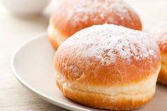 Sweer donuts met suiker Royalty-vrije Stock Afbeeldingen