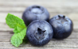 Sweet blueberry with leafs Royalty Free Stock Photography