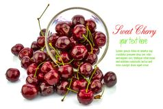 Sweet cherry in a bowl Royalty Free Stock Photography