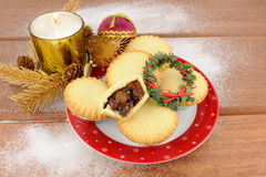 Sweet Christmas Mince Pies Royalty Free Stock Photos