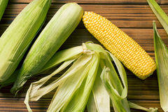 Sweet corn on wooden table Stock Photography