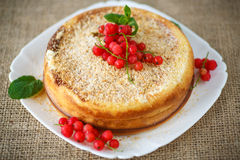 Sweet curd pudding with berries Stock Photography