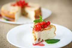 Sweet curd pudding with berries Royalty Free Stock Images