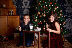 Sweet little children at Christmas Royalty Free Stock Photos
