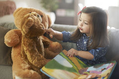 Sweet little girl Royalty Free Stock Photos
