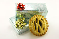 Sweet Mince Pie and Gifts Royalty Free Stock Photos