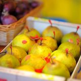 Sweet pears on farmer market Royalty Free Stock Photography