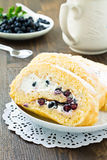 Sweet roll and fresh blueberry Royalty Free Stock Image
