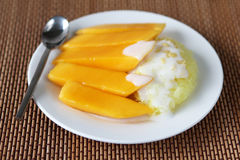 Sweet Sticky Rice With mango Royalty Free Stock Photography