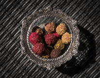 Sweet truffels in a bowl Royalty Free Stock Photos