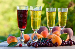 Sweet wine and fruits Royalty Free Stock Photography
