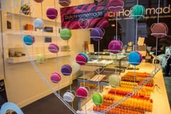 Sweets at shop window Royalty Free Stock Images