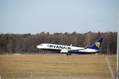 从鲁布林的瑞安航空公司飞行向都伯林 免版税库存图片