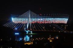 Swietokrzyski桥梁和全国体育场,华沙(波兰) 免版税图库摄影