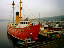 Swiftsure LV83 Lightship. Swiftsure (LV83) is a lightship and museum ship moored at the Northwest Seaport in Seattle, Washington. Launched in 1904 at Stock Photo
