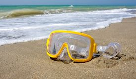 Swimming mask on sea beach Royalty Free Stock Photography
