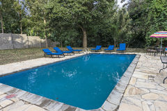 Swimming-pool στο ξενοδοχείο θερέτρου στην Τανζανία Στοκ Εικόνες